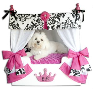 "Pink ""Bella"" Canopy Dog or Cat Bed: with Dog"